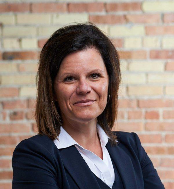 Headshot of Roxanne Page in Beene Garter office