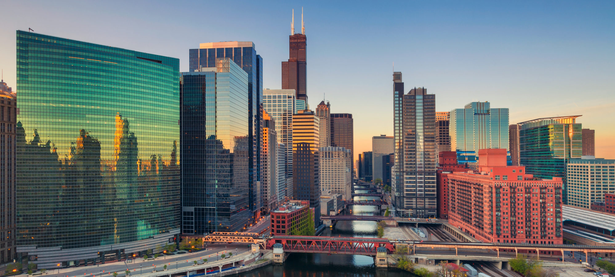 Cityscape of downtown Chicago, Illinois